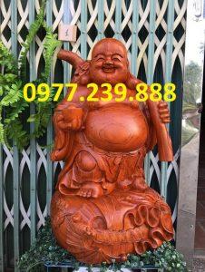 tượng di lặc gánh tiền gỗ hương 40cm