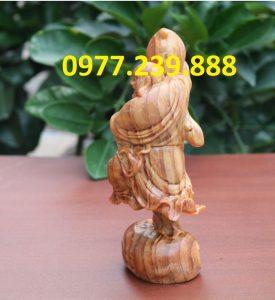 tượng di lặc vác đào bằng gỗ huyết long 50cm