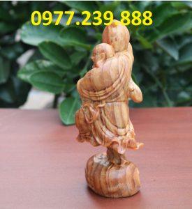 tượng di lặc vác đào gỗ huyết long 50cm