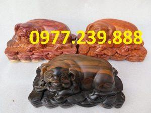 tượng heo bằng gỗ hương 30cm
