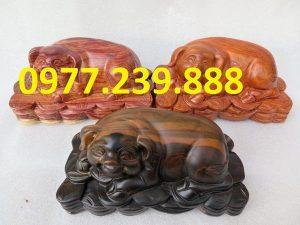 tượng lợn bằng gỗ