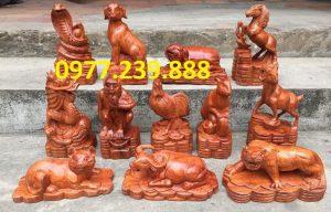 tượng linh vật 12 con giáp gỗ hương đỏ