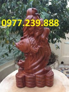 tượng phật di lặc cưỡi cá chép gỗ hương 40cm