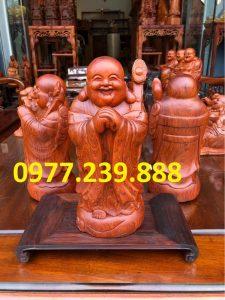 tượng phật di lặc chúc phúc gỗ hương 40cm
