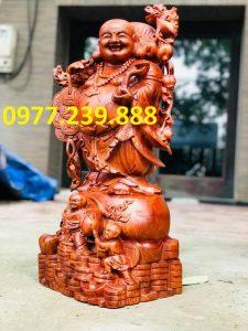 tượng phật di lặc gánh cành đào gỗ hương đá