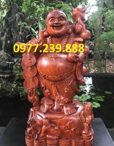 tượng phật di lặc gánh cành đào gỗ hương 40cm