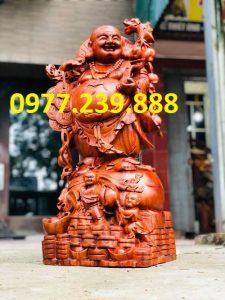 tượng phật di lặc gánh cành đào gỗ hương lào