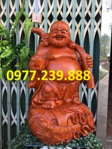 tượng phật di lặc gánh cành đào hương cao 50cm