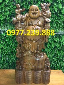 tượng phật di lặc gánh tiền gỗ bách xanh 30cm