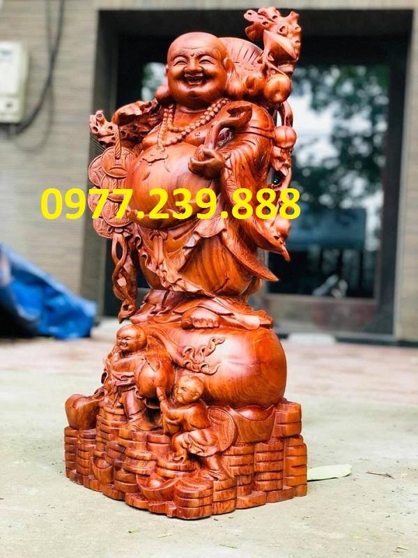 tượng phật di lặc gánh tiền gỗ hương 70cm