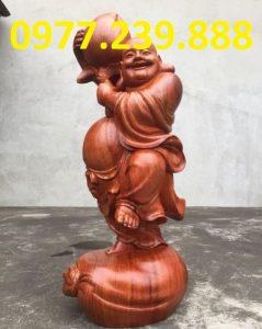 tượng phật di lặc vác đào gỗ hương 40cm