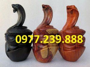 tượng rắn bằng hương