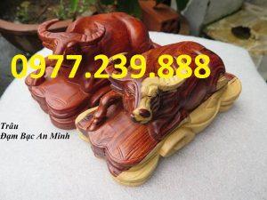 tượng trâu bằng gỗ hương