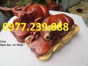 tượng trâu bằng gỗ hương giá gốc
