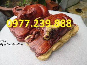 tượng trâu bằng gỗ hương lào
