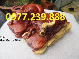 tượng trâu bằng gỗ hương nam phi