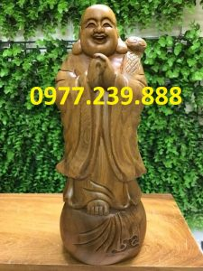 tuong chuc phuc bang go bach xanh 40cm