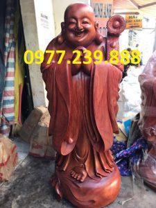 tuong chuc phuc bang go huong 30cm