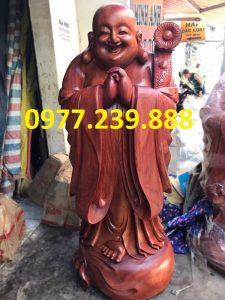 tuong chuc phuc bang go huong 40cm