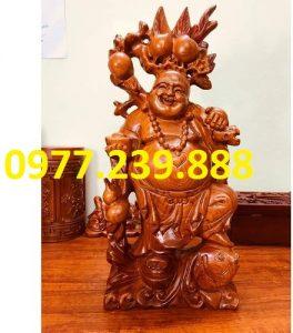 tuong di lac ganh dao cuoi ca chep bang go huong 50cm