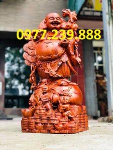 tuong di lac ganh tien bang go huong 30cm