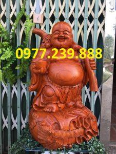 tuong di lac ganh tien bang go huong 50cm