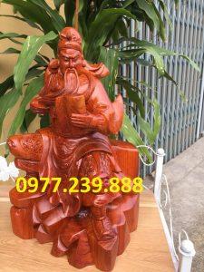 Tượng quan công quan vân trường bằng gỗ hương 50cm