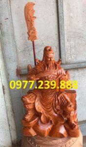 tượng quan công ngồi đọc sách bằng gỗ hương lào