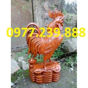 Tượng gà phong thủy gỗ hương 50cm