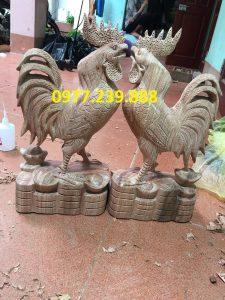 Tượng gà trống gỗ hương việt