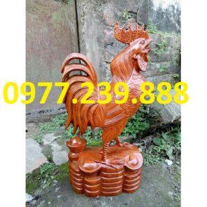 Tượng gỗ con gà phong thủy hương