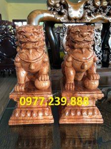 bán cặp kỳ lân phong thủy bằng gỗ hương 40cm