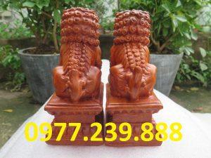 bán cặp linh vật kỳ lân bằng gỗ hương