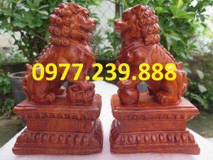 bán tượng cặp kỳ lân gỗ hương 20cm (1)