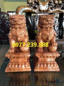 bán tượng cặp kỳ lân phong thủy bằng gỗ hương