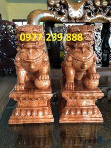 bán tượng kỳ lân phong thủy bằng gỗ hương đá