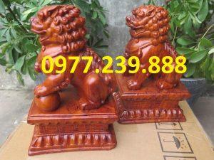 bán tượng linh vật kỳ lân bằng gỗ hương