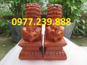 cặp kỳ lân tài lộc bằng gỗ hương 30cm
