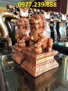 cặp tượng kỳ lân phong thủy gỗ hương đá