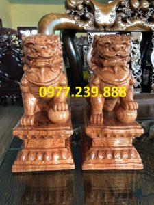 tượng cặp kỳ lân phong thủy bằng gỗ hương