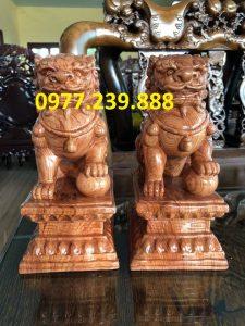 tượng cặp kỳ lân phong thủy bằng gỗ hương 30cm