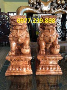 tượng cặp kỳ lân phong thủy bằng gỗ hương 40cm