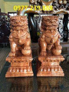 tượng cặp kỳ lân phong thủy gỗ hương đỏ