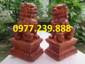 tượng kỳ lân bằng gỗ hương 40cm