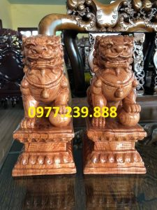 tượng kỳ lân phong thủy bằng gỗ hương việt