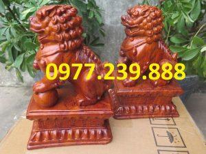 tượng linh vật kỳ lân bằng gỗ hương đá