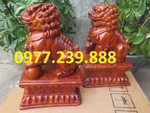 tượng linh vật kỳ lân bằng gỗ hương đỏ