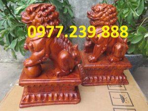 tượng linh vật kỳ lân bằng gỗ hương