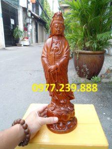 tượng quan âm đứng đài sen bằng gỗ hương đá