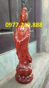 tượng quan âm đứng bằng gỗ hương đỏ